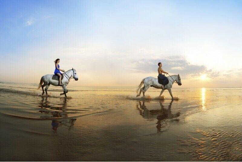 Romantyczna jazda konna nad morzem na Litwie