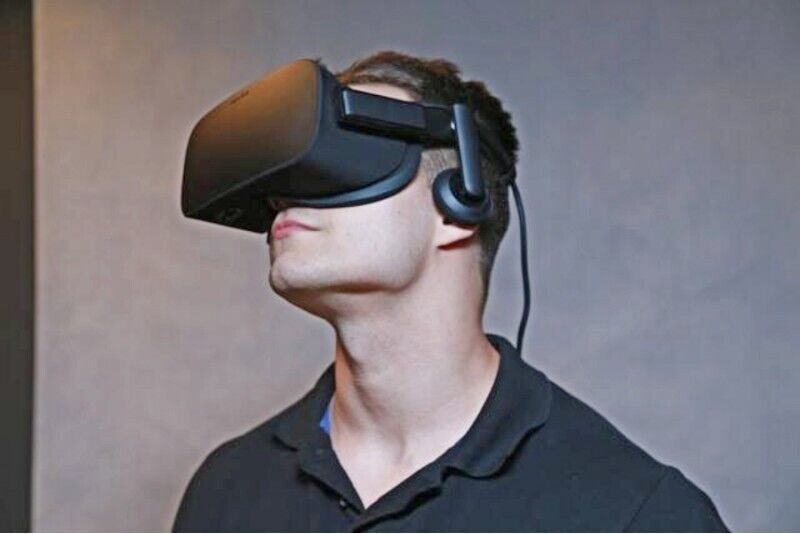 Gra wirtualnej rzeczywistości Oculus Rift CV1 lub bezprzewodowym HTV VIVE dla dwojga