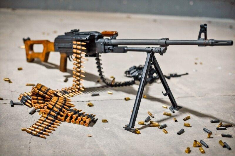 Strzelanie z różnych rodzajów broni w Warszawie