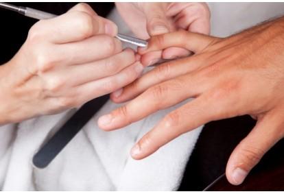 Męski manicure w Warszawie