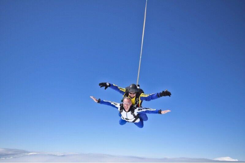 Skok ze spadochronem z filmem i zdjęciami w Zielonej Górze
