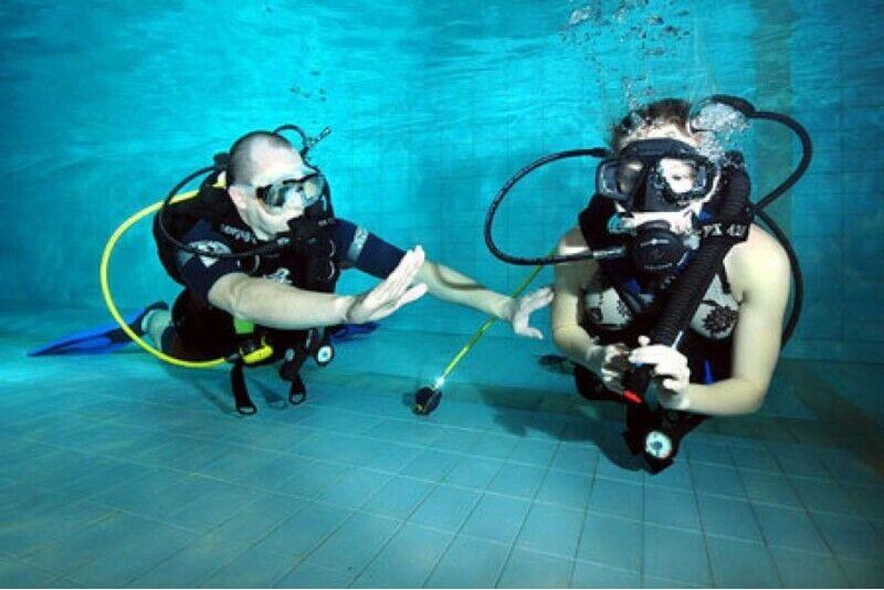 INTRO nurkowanie w basenie