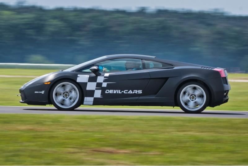 Przejażdżka za kierownicą samochodu Lamborghini Gallardo