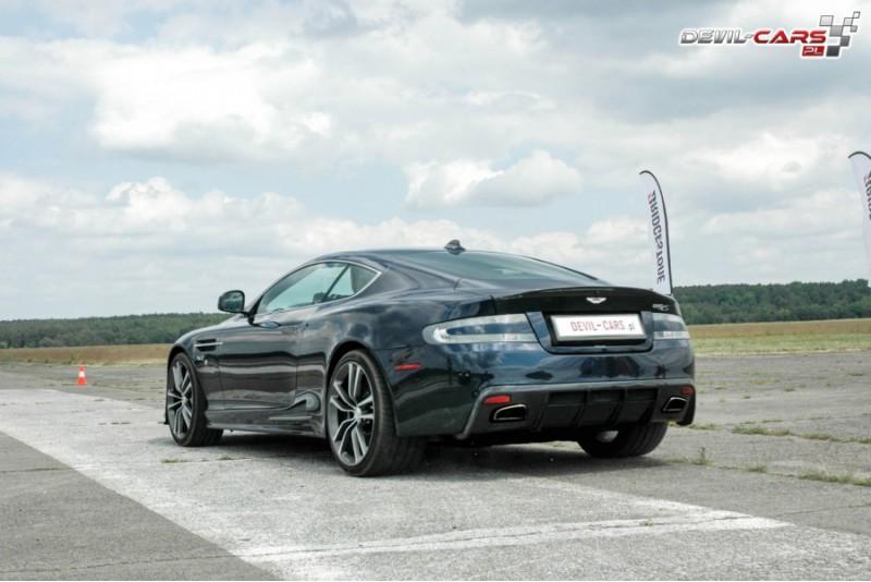 Przejażdżka za kierownicą samochodu Aston Martin DB9 na torze głównym Poznań