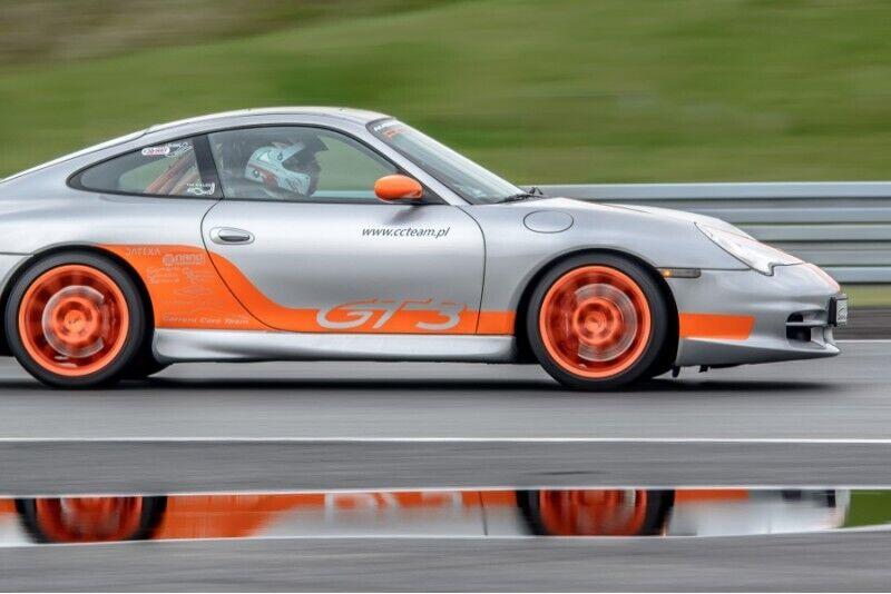 Szybki prezent na wybranym samochodzie Porsche