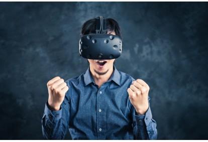 Zabawa w pokoju wirtualnej rzeczywistości VR Warsaw
