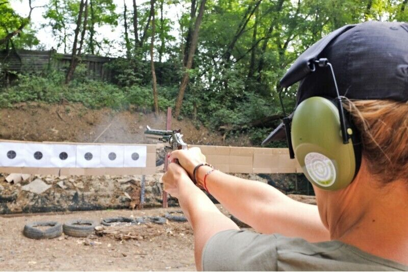 Strzelanie z pakietem Standart dla dwojga w Krakowie