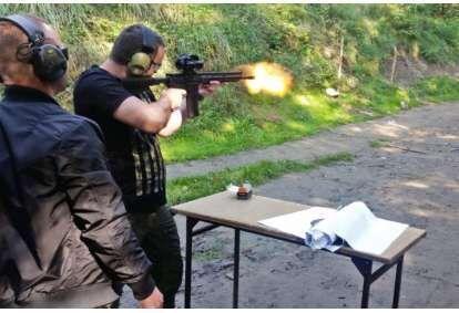 Strzelanie Kałasznikow w Krakowie