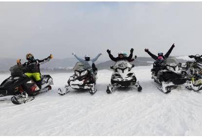 jazda-skuterem-snieznym-w-wybranym-miejscu-dla-2-osob