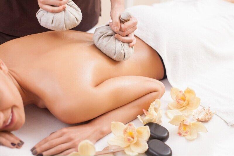 Tajski masaż kompresami ziołowymi dla dwojga w Krakowie