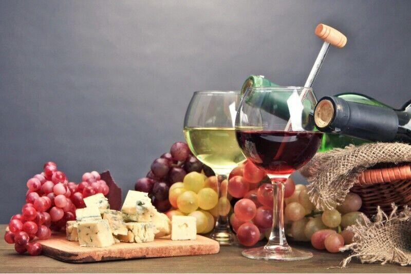 Degustacja wina w Podgórskim Salonie Degustacyjnym w Krakowie