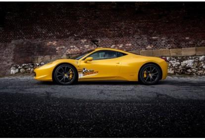 Jazda za kierownicą Ferrari 458 Italia na torze Kielce