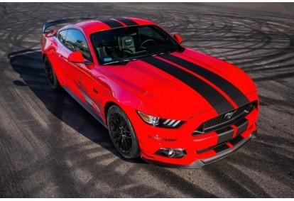 Jazda Fordem Mustangiem GT z pakietem Blue