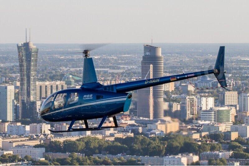 Zapoznawczy lot widokowy śmigłowcem nad Warszawą