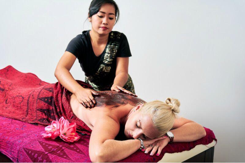 Balijski masaż gorącą czekoladą w Samui-Spa w Warszawie