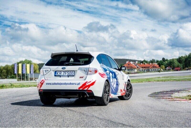 Jazda Subaru Impreza w Kielcach z pakietem Blue