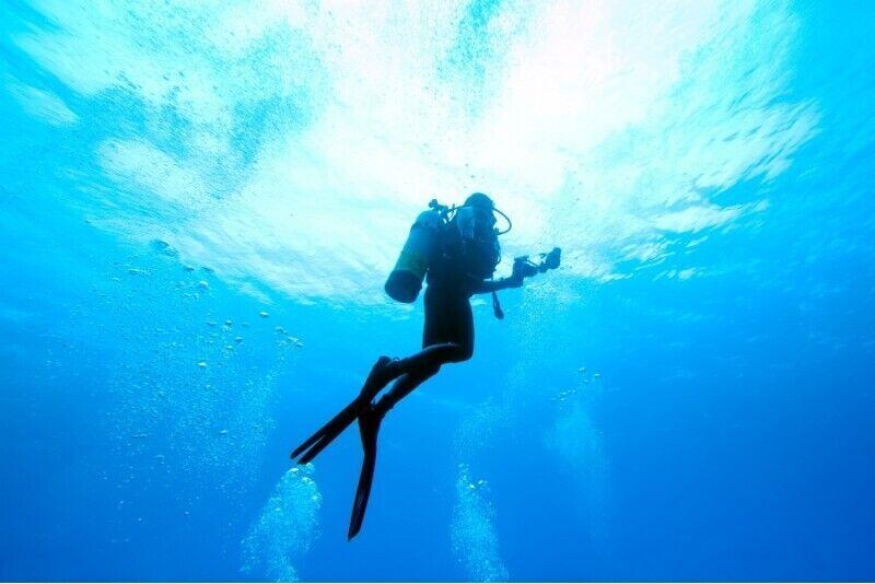 Poznaj nurkowanie z First Dive na basenie w Warszawie