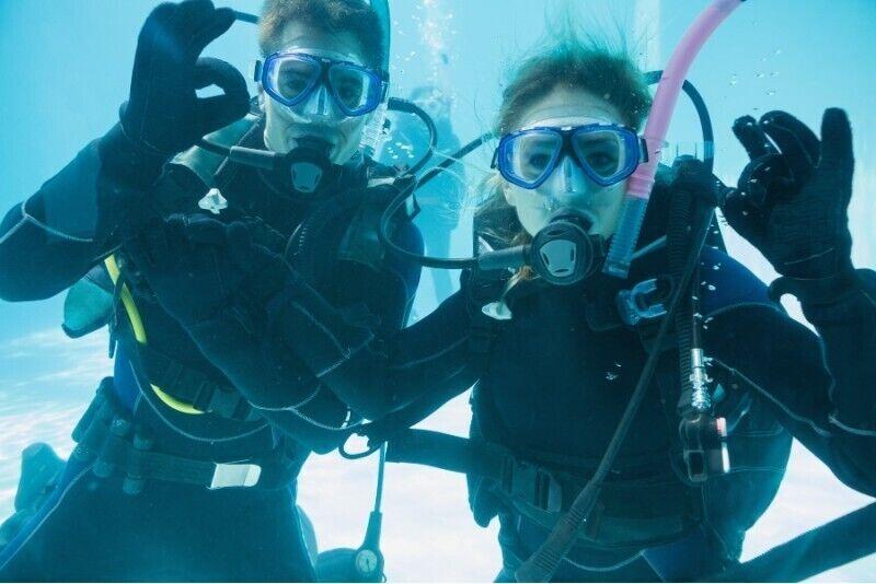 Poznaj nurkowanie z First Dive na basenie dla dwojga + BONUS