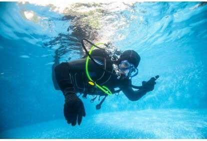 Kurs doskonalenia pływania dla nurków z First Dive