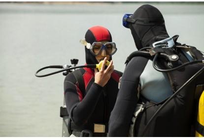 Kurs suchego skafandra z First Dive