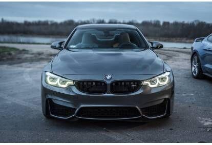Jazda BMW M4 Competition ulicami Łodzi lub Warszawy