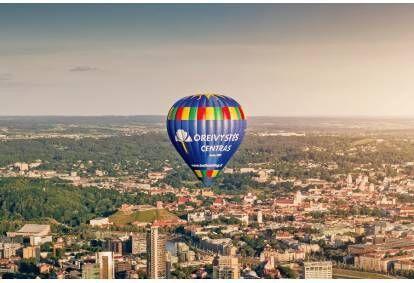 """Skrydis oro balionu virš Vilniaus su """"Oreivystės centru"""""""
