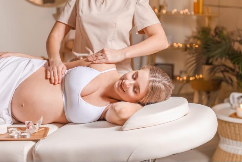 Manualny masaż dla kobiet w ciąży w  Warszawie