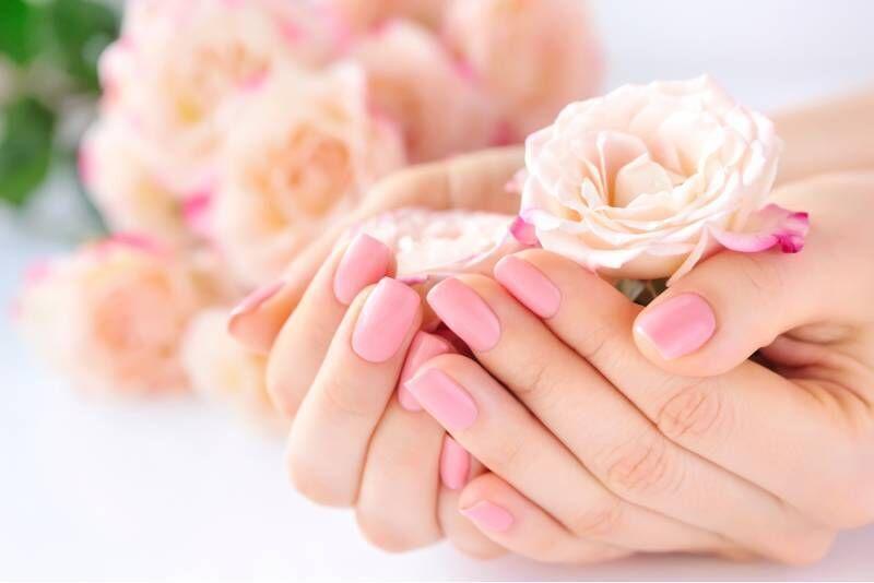 Manicure hybrydowy w Chorzowie