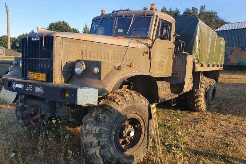 Przejażdżka pojazdem militarnym KRAZ (za kierownicą)