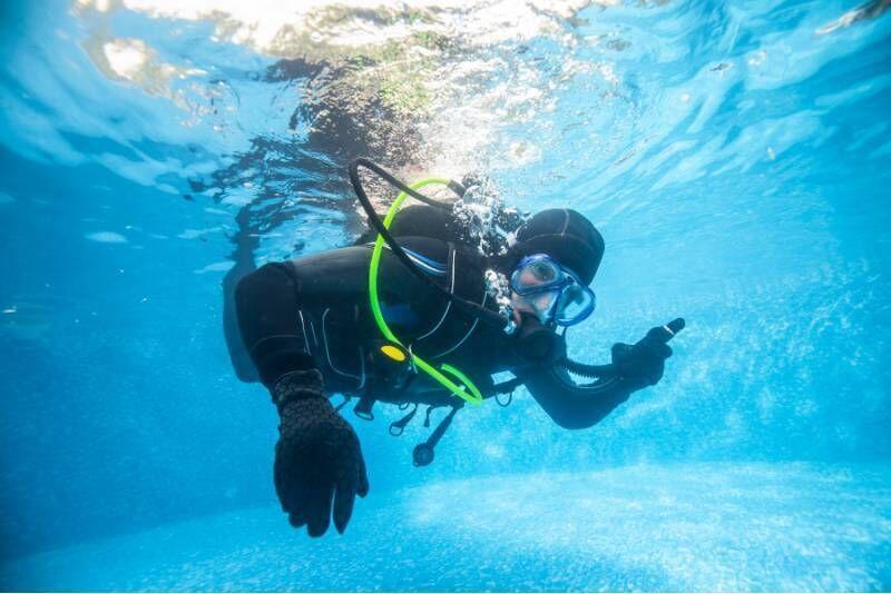 Odkryj nurkowanie z Novi Dive w Kielcach