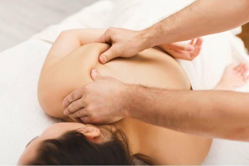 Klasyczny lub medyczny masaż całego ciała z dojazdem do domu