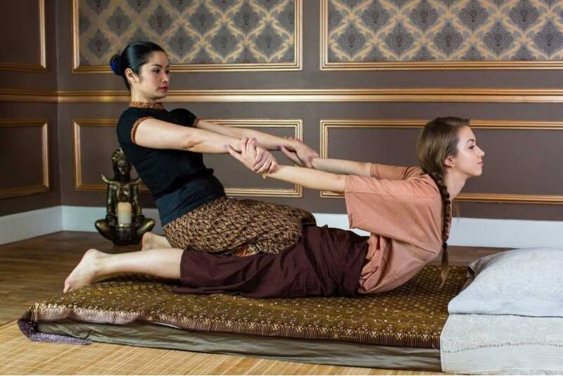 Klasyczny masaż tajski w salonie Tajskie SPA