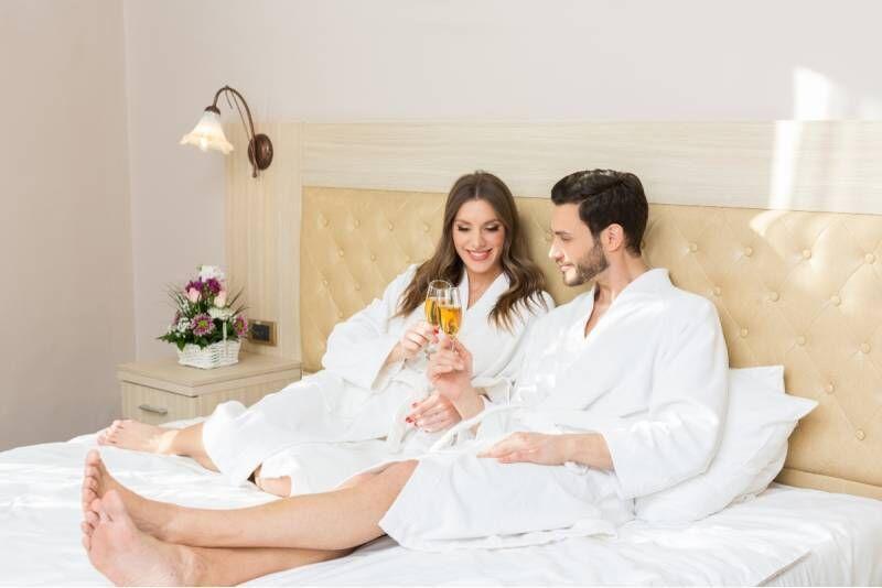 """Romantyczny pobyt dla dwojga """"Bądź moją miłością"""" w Połądze na Litwie"""
