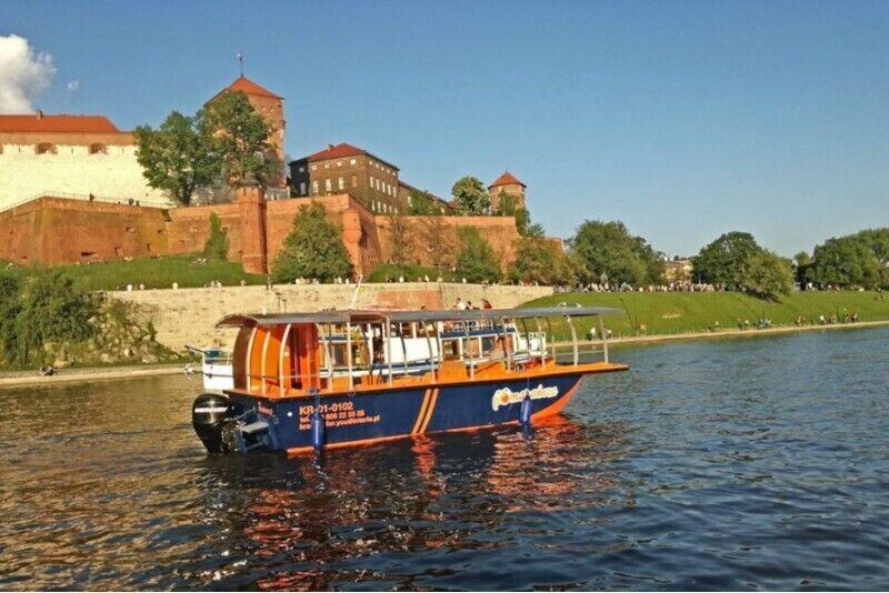 Zwiedzanie Tyńca rejsem z Krakowa
