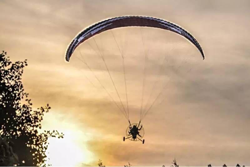 Lot motoparalotnią nad Beskidami INTRO